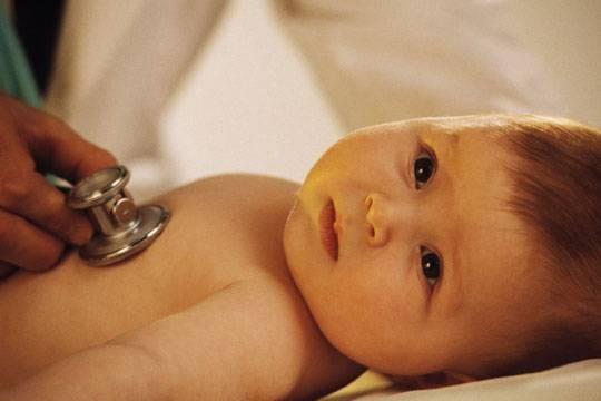 Congestión del pecho en los bebés
