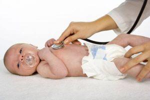 Qué debería de revisar nuestro pediatra en nuestro bebe