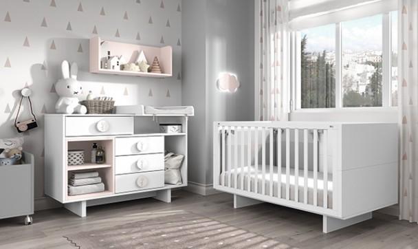 Imagen que contiene interior, ventana, cuarto, muebles Descripción generada automáticamente