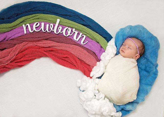 newborn-997122_640
